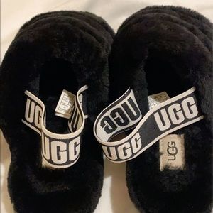 Ugg fuzzy slippers